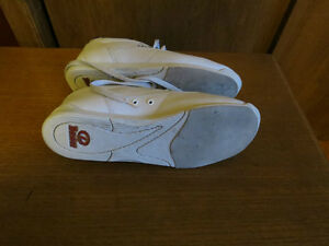 ladies bowling shoes Kawartha Lakes Peterborough Area image 2
