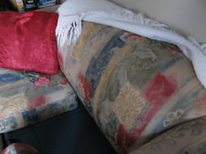 SMALL LOVE SEAT/SOFA BED