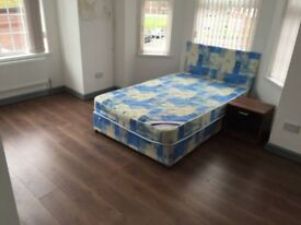 1 bedroom, On-suite, bills included, close to Oxford Rd, Uni, MRI Hospital, all amenaties, transport