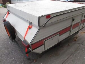 SMALL TENT TRAILER  REDUCED