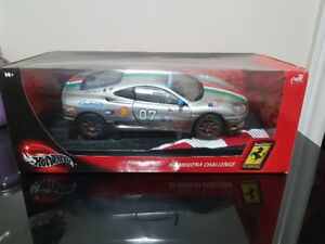 Diecast 1/18 scale model cars