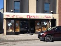 30 % OFF SALE AT WILLIAM DREW FLORIST AND GIFTS