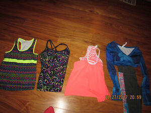 Triple Flip girls lot of clothes