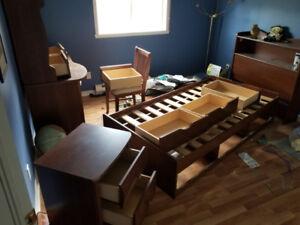 Set de chambre. Bedroom set. Pour enfants. for kids.
