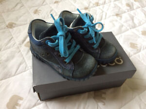 Ecco baby boy shoes, 5.5 size