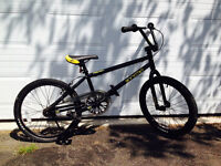 Brand new free agent bmx reduced to 200$ fast sale!