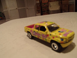 Loose Yellow Blow Pop 1996  '96 DODGE RAM Extended Cab by JOHNNY Sarnia Sarnia Area image 9
