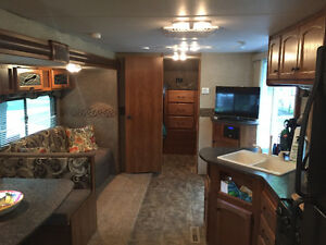 2013 Trail-Runner Travel Trailer 38QBBH by Heartland Cambridge Kitchener Area image 4