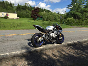 Yamaha R1M in Flawless condition make an offer