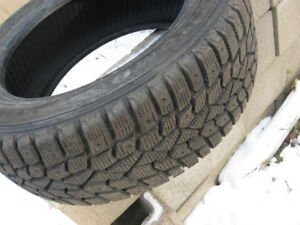 One snow tire205/55/R16,like new