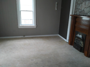 Large 2 br available July 1