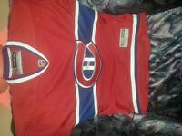 chandail jersey des canadien de mtl A VENDRE 25$ cash