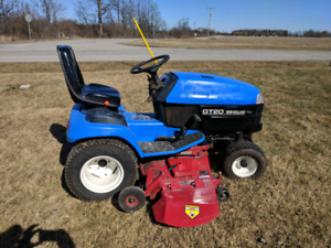 New Holland GT20 Compact Tractor