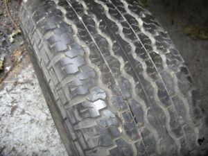 1 pneu Dunlop TG 35 été quatre saisons 255 65 R 16