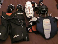 Equipement de protection de hokey complet Easton Medium