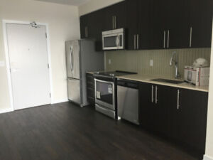 1 Bed+Den Luxury Condo for Rent, Central Mississauga