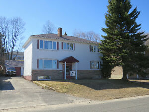 32 Dieppe Ave $169,500 Elliot Lake