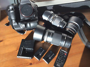 Sony Alpha 77II DSLR 24.3 MP Digital Camera Bundle