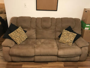 Urgent: Sofa inclinable 3 places / 3 seater reclining couch