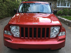 2008 Jeep Liberty Convertible Décapotable