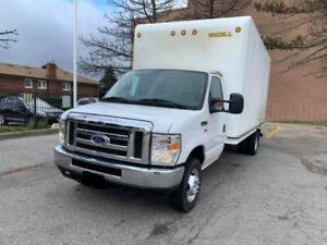 2016 Ford E 450 16 Ft Box With Ramp 58000Km 30800$ OBO
