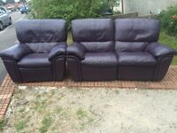 DFS recliner suite. Possible delivery