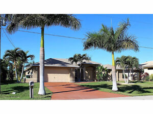 *Cape Coral, FLORIDA*Pool Home on Freshwater Canal*