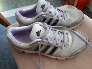 Ladies Adidas sneakers size 9