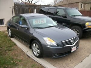 2009 Nissan Altima 2.5 s one owner