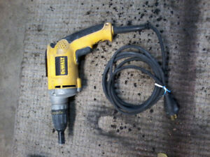 D eWalt Drywall Screwgun