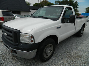 2005 Ford Super Duty F-350 XL 4X4,Diesel 8 Cylinder Engine 6.0L