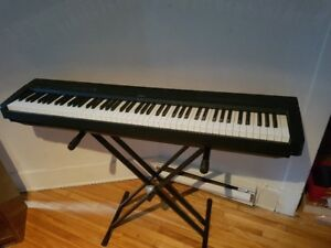 Keyboard / Clavier Yamaha P-35 / 88 touches