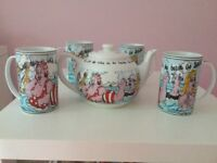 TEA POT AND MATCHING MUGS