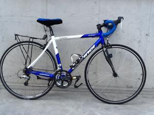 """vélo de route DEVINCI """"chicane"""""""