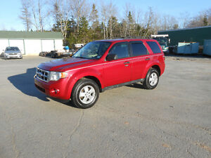 2009 FORD ESCAPE 5 DOOR XLT SUV, 2 YEAR WARRANTY INCLUDED