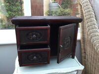 Oriental small box