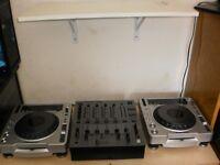 CDJ 800MK2 DJM600 & ROADCASE A VENDRE