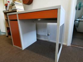 IKEA Micke Desk 105x50cm