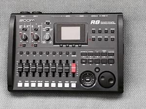 Zoom R8 - 8Track Recorder & Sampler