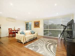 Huge 5 Bedroom house for rent in the heart of Clayton South. Clayton South Kingston Area Preview