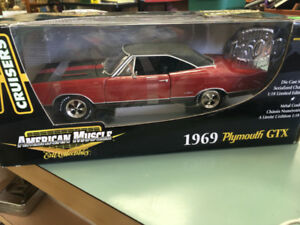 1969 Plymouth GTX American Muscle Die Cast Model 1.18
