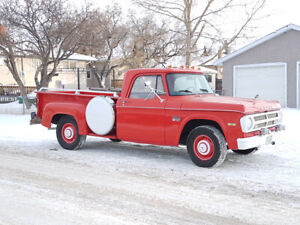 Rare 1970 Dodge D100 Stepside Pickup - Amazing Survivor Truck