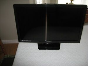 28 inch Magnavox led tv with built in dvd player