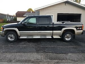 2003 GMC Sierra 1500 HD Pickup Truck