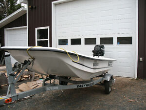 Carolina Skiff with 25 hp Mercury motor