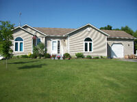 BEAUTIFUL COUNTRY HOME! *OPEN HOUSE* Monday, Aug.3, 5-7pm