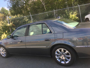2011 Cadillac DTS Luxury 3 in mint condition