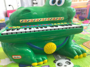 Little tikes crocodile piano