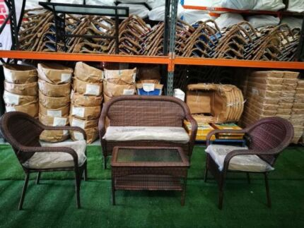 4 pcs outdoor seating and coffee table