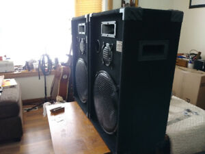 "PODIUM Pro Audio studio series 15"" P.A. speakers"